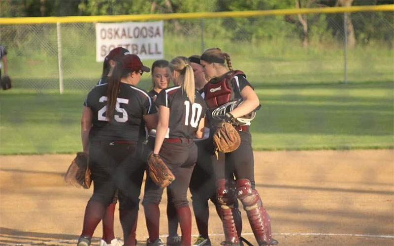 hindu singles in oskaloosa Oskaloosa collected 13 hits in the rout as maddie haines, josie bunnell, anna jones and sophia dykstra all had two hits in the win haines had a single and a home run while driving in three.