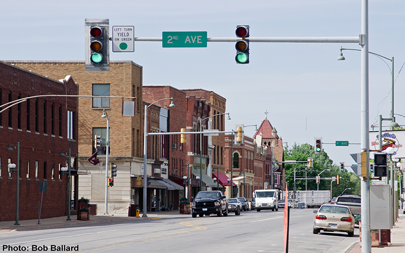 KBOE_Radio_Downtown_Oskaloosa_2