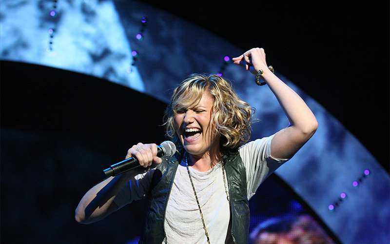 Jennifer Nettles Announces Playing With Fire Release Date